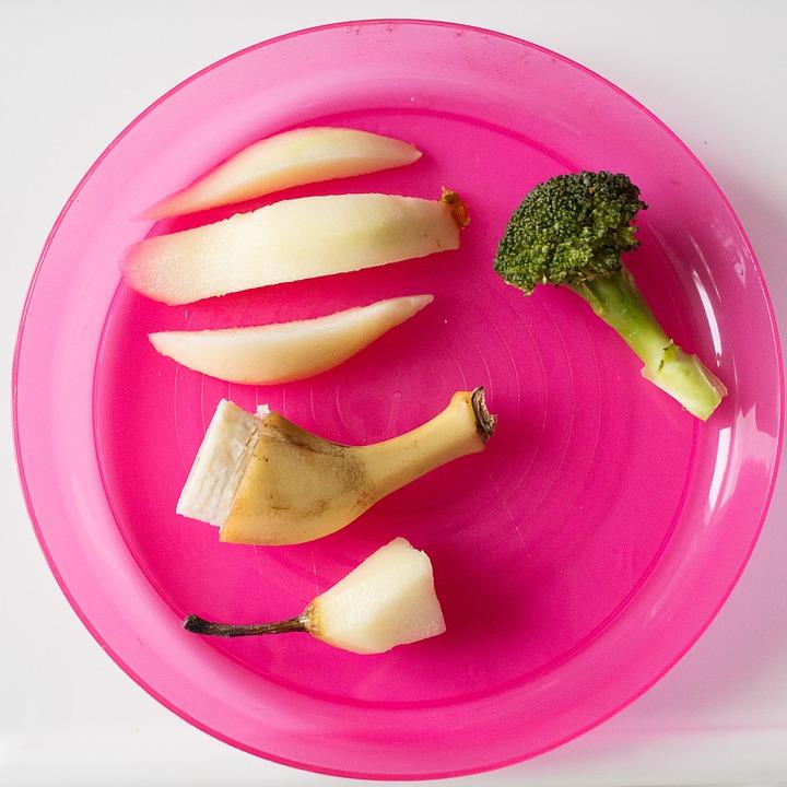 Poloprázdny tanier