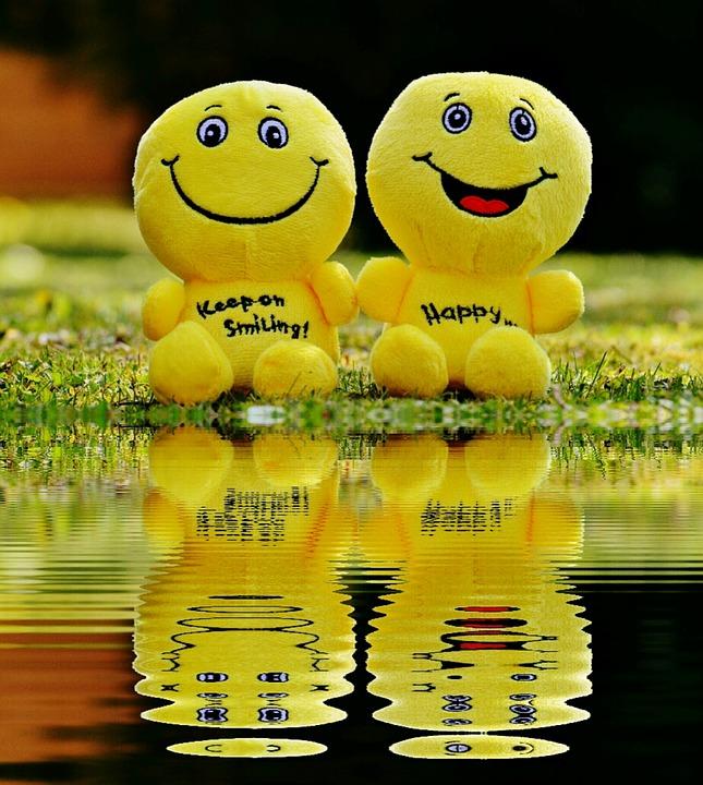 Šťastné usmievavé tváre